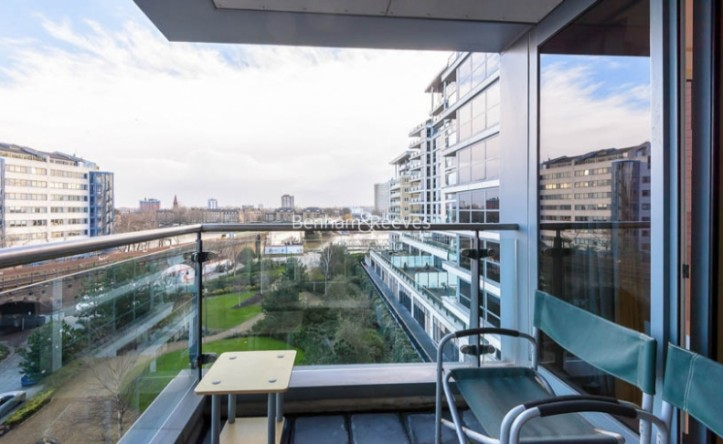 2 Bedroom flat to rent in Imperial Wharf, Fulham, SW6