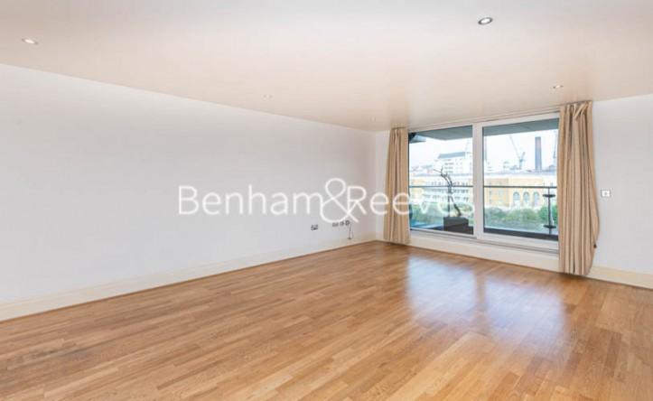 3 Bedroom flat to rent in Thames Point, Imperial Wharf SW6