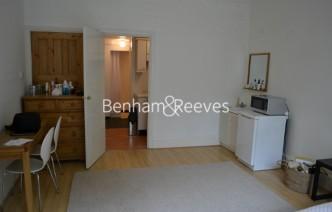 picture of Studio flat in  Cholmeley Park, Highgate, N6
