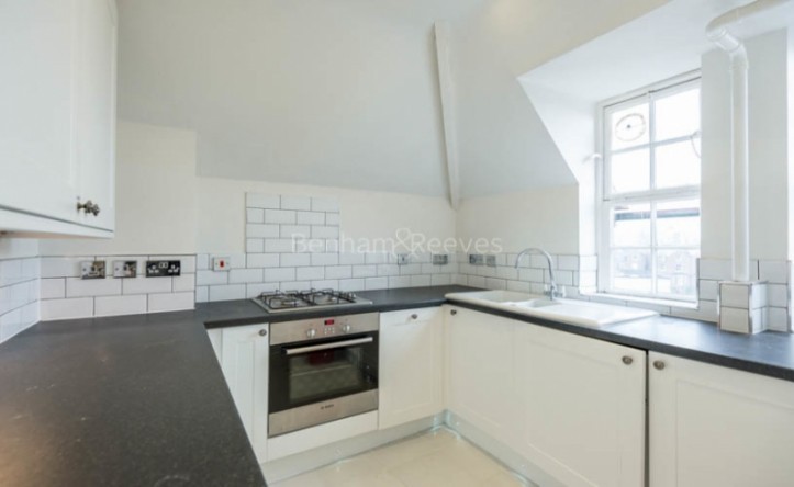 2 Bedroom flat to rent in Croftdown Road, Dartmouth Park, NW5