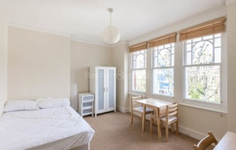 picture of Studio flat in  Whitehall Park, Archway, N19