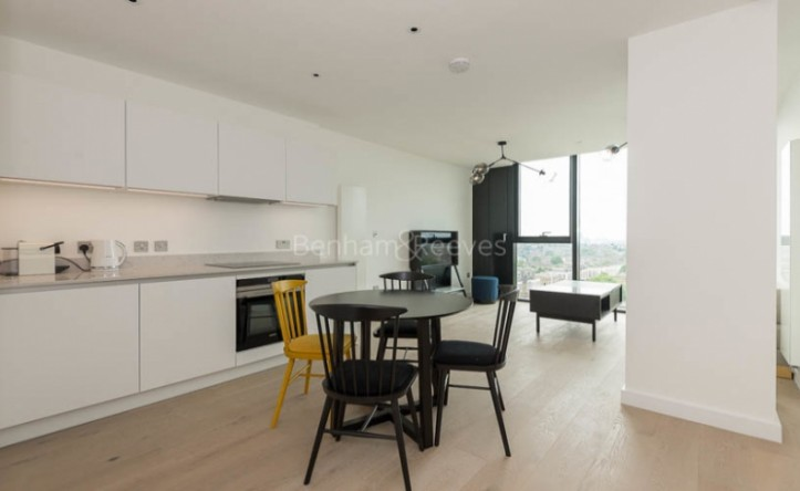 1 Bedroom flat to rent in Highgate Hill, Archway, N19