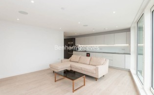 picture of 3 Bedroom(s) flat in  Newton Close, Woodberry Park, N4