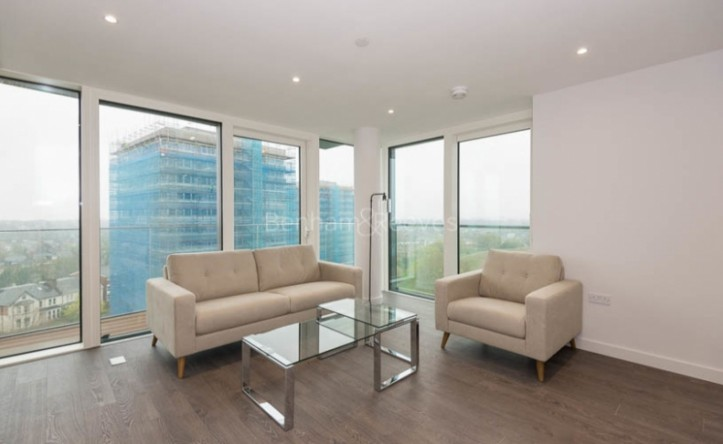 1 Bedroom flat to rent in Woodberry Park development, Highgate, N4