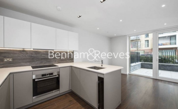 1 Bedroom flat to rent in The Parkhouse, Woodberry Park N4
