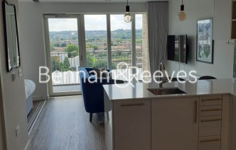 picture of 1 Bedroom(s) flat in  Alington House, Highgate, N8