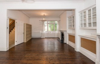 picture of 4 Bedroom(s) flat in  Claremont Road, Highgate, N6