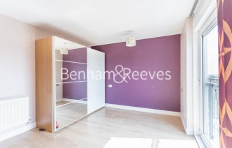 picture of 2 Bedroom(s) flat in  Erebus Drive, Woolwich, SE28