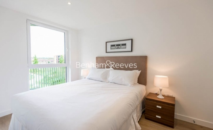 1 Bedroom flat to rent in Maltby House, Kidbrook Village, SE3